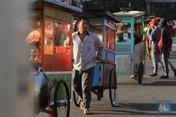 Pelantikan Jokowi, 160 PKL Nasi Goreng Sajikan Makanan Gratis