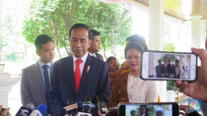 Statement Lengkap Jokowi: Dari Perasaan sampai Menteri Baru