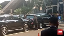 Paspampres Copot Pelat Nomor 'Indonesia 2' di Mobil JK