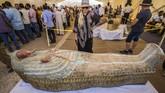 Mesir mencatat lebih dari 11 juta pengunjung melakukan liburan, setelah sebelumnya mengalami penurunan tajam angka kunjungan.(Photo by Khaled DESOUKI / AFP)