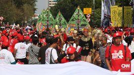 Tari-Tarian Nusantara, Cara Relawan Rayakan Pelantikan Jokowi