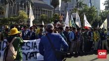 Tertahan di Patung Kuda, Massa BEM SI Tak Bisa Demo di Istana