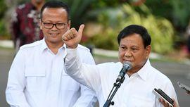 Prabowo dan Peran Strategis Menhan Sesuai UUD 1945