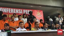 Polisi Bekuk Diduga Penyandang Dana Aksi Bom Ketapel