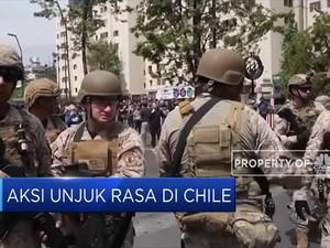 Aksi Unjuk Rasa Kenaikan Tarif Kereta di Chile