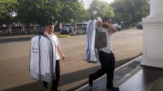 Jelang Pengumuman Menteri, Kemeja Putih Dibawa ke Istana
