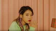 IU Rajai Tangga Musik Berkat Lagu Tema Crash Landing on You