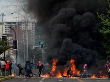 Protes Tarif Kereta Naik, Kerusuhan Pecah di Chili