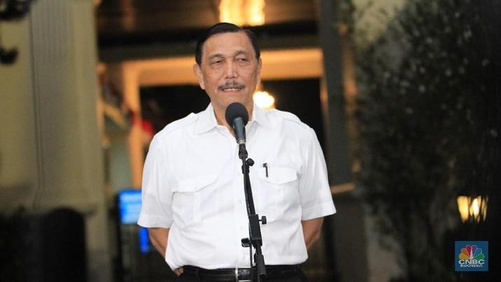 Pada Rapat Terbatas hari ini, Presiden Joko Widodo (Jokowi) jengkel karena mencium bau monopoli dalam praktik penyelenggaraan tol laut di Indonesia.