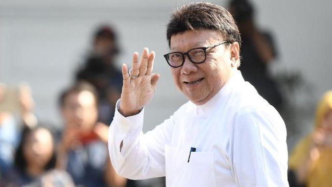 Resmi Jabat Menteri PAN-RB, Tjahjo Lepas 4 Jabatan Sekaligus