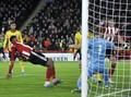 FOTO: Tim Promosi Bikin Arsenal Frustrasi di Liga Inggris
