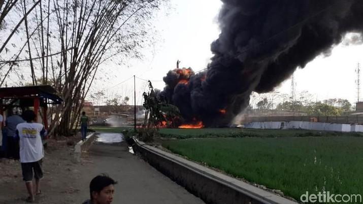 Pipa Terbakar di Cimahi, Pertamina Jamin Pasokan BBM Aman
