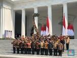 Jokowi Kenalkan & Lantik Menteri, IHSG Kok Malah Melemah?
