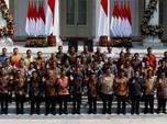 Batik Kece Para Menteri Jokowi yang Mencuri Perhatian