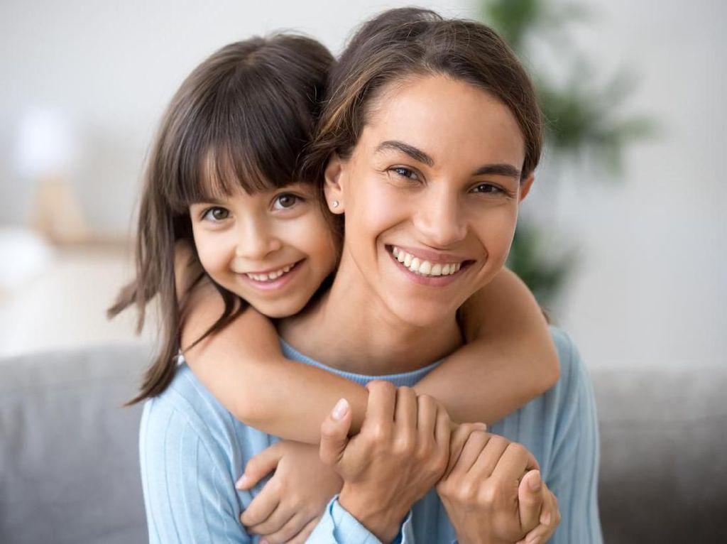 Kata-kata Bijak Orang Tua agar Membuat Anak Merasa Dicintai