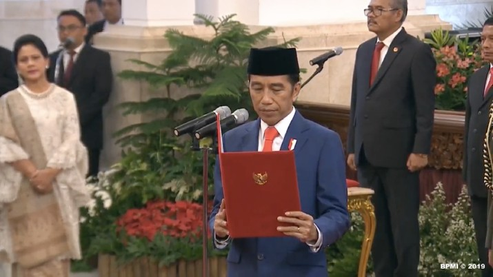 Presiden Joko Widodo (Jokowi) memberikan sinyal tidak akan mengeluarkan Perppu untuk cabut UU KPK