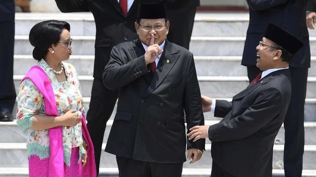 Bila dibandingkan dengan periode sebelumnya, jumlah menteri perempuan di Kabinet Indonesia Maju mengalami penurunan. Dari delapan menteri pada periode 2014-2019 menjadi hanya 5 pada periode sekarang. (ANTARA FOTO/Puspa Perwitasari/foc.)