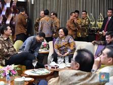 Akrab! Ini Momen Canda Prabowo, Sri Mulyani, dan Luhut