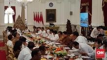 Jokowi Minta Tito Karnavian Bereskan Perda Penghambat Bisnis