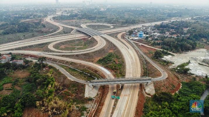 Salah satu ruas Tol Jakarta atau Jakarta Outer Ring Road (JORR) II ruas Kunciran-Serpong ditargetkan bisa beroperasi pada Triwulan IV-2019.