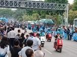 Anies Konvoi Kendaaran Listrik di Jakarta Langit Biru