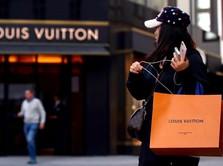 Dari Cinta Hingga Benci, Ini Kisah Bisnis LV dan Tiffany & Co