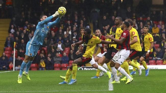 Watford gagal menang dalam empat pertandingan beruntun usai ditahan imbang Bournemouth 0-0. Dalam laga itu Bournemouth lebih banyak melepaskan tembakan, 9 kali, namun tidak ada yang berujung gol. (Aaron ChownPA via AP)