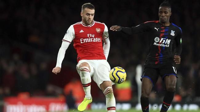 Kemenangan Arsenal yangada di depan mata hilang setelah bermain imbang 2-2 dengan Crystal Palace di Stadion Emirates. Arsenal sempat unggul 2-0 di awal laga, namun Palace bisa menyamakan kedudukan di babak kedua. (AP Photo/Leila Coker)