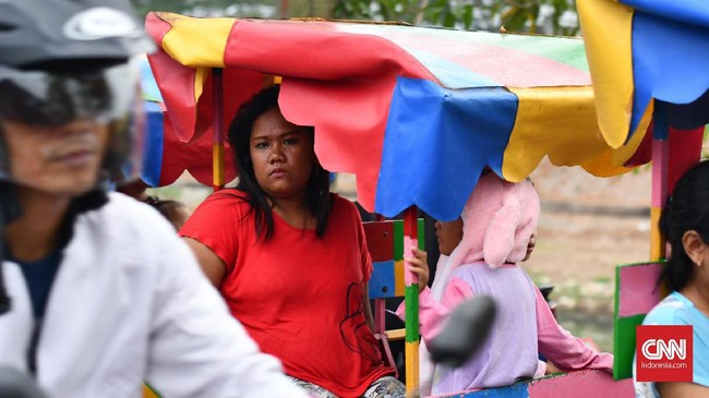 Kini sarana rekreasi kaum kusam ini terancam lenyapdan hanya meninggalkankenangan jika nantinya Pemprov DKI benar-benar merealisasikan pelarangan odong-odong. (CNN Indonesia/Daniela Dinda).