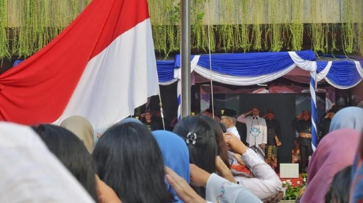 Mendikbud juga menyampaikan pidatonya secara khusus yang ditujukan untuk generasi muda Indonesia.