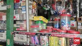 Jerit Pedagang dan Pembeli Rokok Akibat Cukai Naik