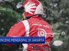 Ojol Bonceng Mengaspal di Jakarta