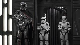 Tuai Kritik, 'Yoda' Bela 'Star Wars: The Last Jedi'