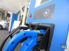 PLN Beberkan Insentif Isi Daya Mobil Listrik di Rumah