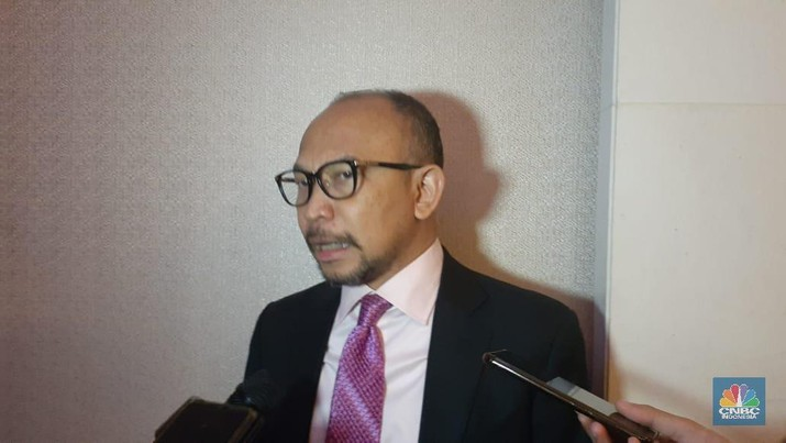 Chatib Basri ditunjuk oleh Menteri Badan Usaha Milik Negara Erick Thohir sebagai Wakil Komisaris Utama PT Bank Mandiri (Persero) Tbk.