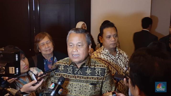 Bank Indonesia (BI) menyampaikan proyeksi nilai tukar rupiah terhadap dolar AS kepada Komisi XI DPR.