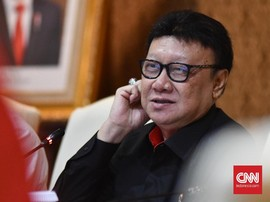 Tjahjo Resmi Teken Surat 'Membonsai' Pejabat Eselon