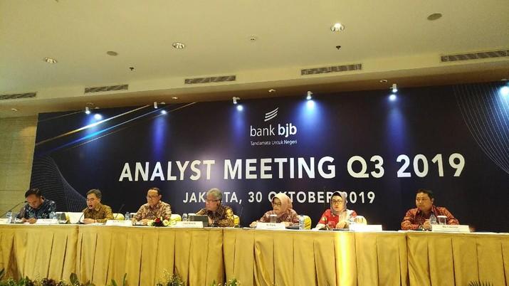 Saham PT Bank Pembangunan Daerah Jawa Barat dan Banten Tbk (BJBR) bergerak atraktif pada perdagangan Rabu (6/11/2019).