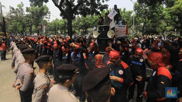 Kantor Anies Didemo Buruh yang Ngebet UMP di DKI Rp 4,5 Juta