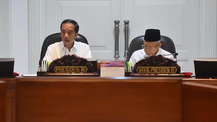 Titah Jokowi ke Prabowo Cs: Setop Impor Alat Persenjataan!