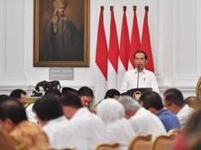 Di Depan Sandi Uno & Erick Thohir, Jokowi: Hati-hati 2024