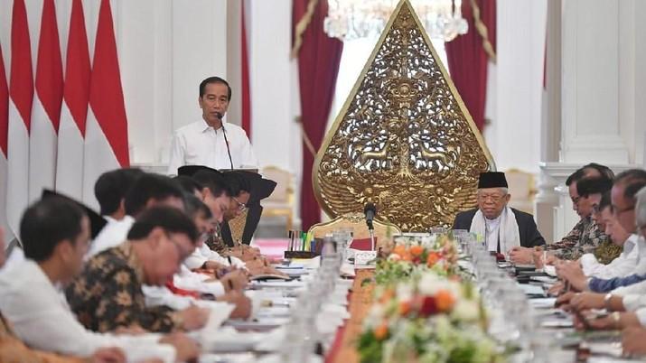 Demikian disampaikan Jokowi usai menghadiri Rapat Koordinasi Nasional Tim Percepatan Akses Keuangan Daerah dan Silahturahmi Nasional Bank Wakaf Mikro.