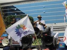Tak Kunjung Kelar, Upah Buruh Juga Masuk UU Omnibus Law
