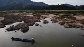 FOTO: Kekeringan Sungai Mekong Terparah Selama 3 Dekade