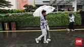 Hingga Oktober 2019 sebagian wilayah di Indonesia masih mengalami suhu panas akibat kemarau.BMKG menyatakan musim hujan memang mundur dari waktu normal, puncak musim hujan diperkirakan jatuh pada Januari-Februari 2020. (CNN Indonesia/ Safir Makki)