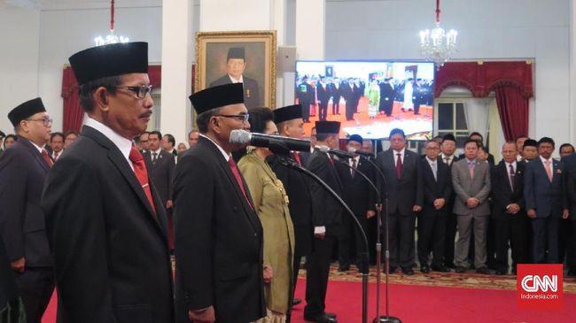 Jokowi Resmi Lantik Komisi Kejaksaan Periode 2019-2023