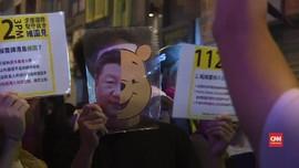 VIDEO: Pedemo Hong Kong Kenakan Topeng Halloween
