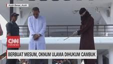 VIDEO: Berbuat Mesum, Oknum Ulama Dihukum Cambuk
