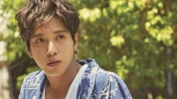 Vokalis Cnblue Jung Yong Hwa Selesai Wajib Militer Terus