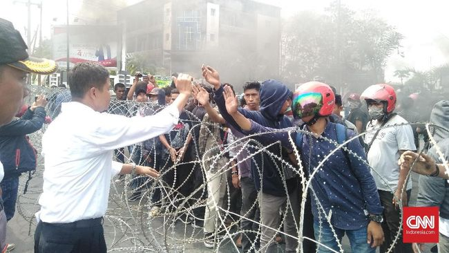 Mahasiswa Kendari Demo lagi, Polisi Janji Pengungkapan 3 Hari